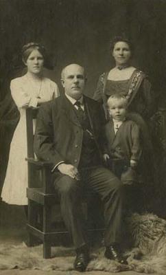 Judge Louis Bernreuter and Family