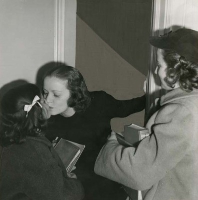 Mabel Kingston Green, Gloria Green, and Nancy Green