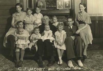 Casper J. Jacoby, Sr. and Grandchildren